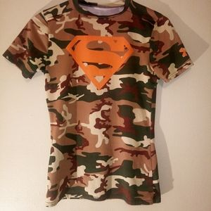 Youth Under Armour T-Shirt Size Large